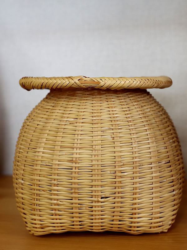 スズ竹魚籠