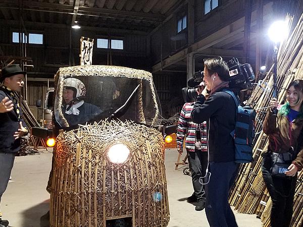 KUTVテレビ高知「情報パレット からふる」、竹虎工場