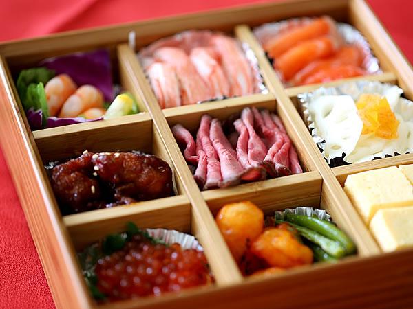 お節料理、竹二段重箱