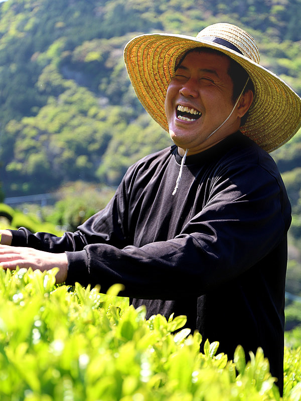 沢渡茶、岸本憲明