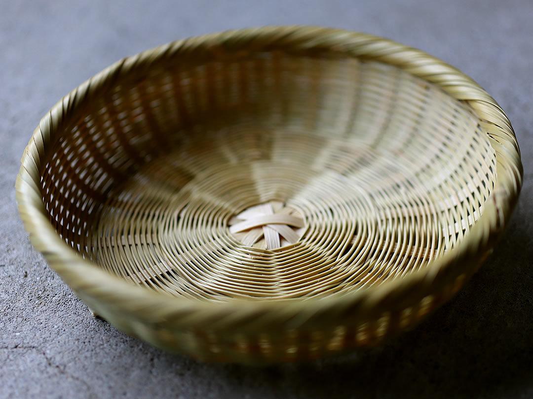 菊底編み籠