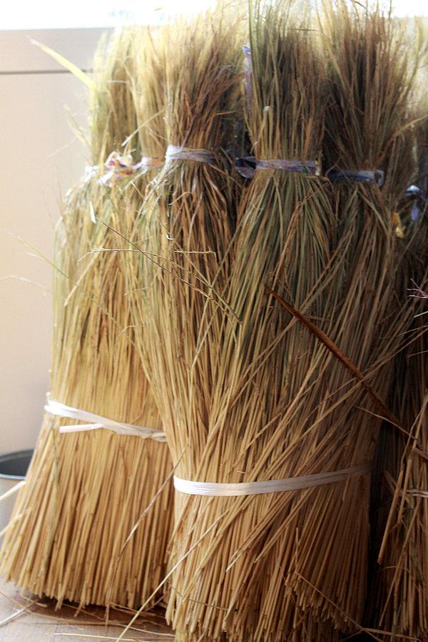 竹皮草履用稲わら