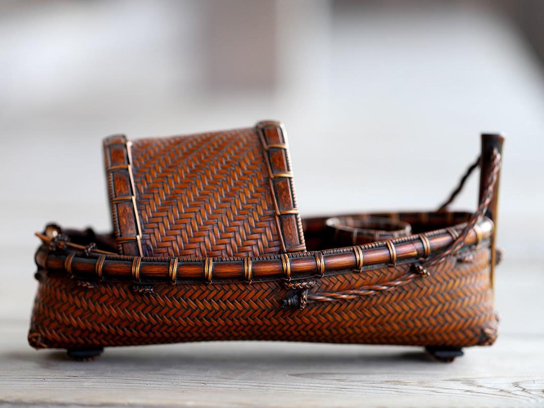 網代編み竹舟