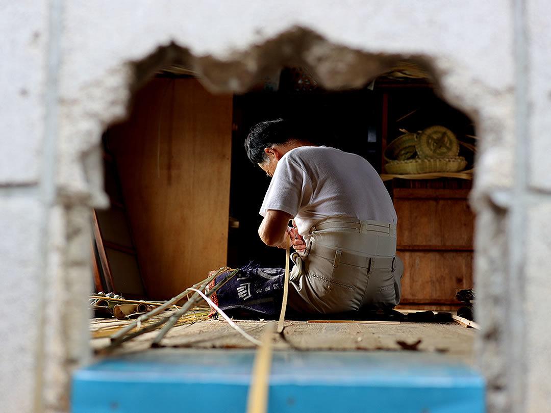 網代底の竹職人