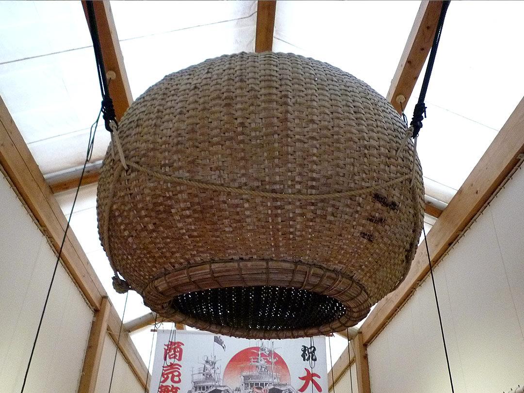 竹編み生簀籠