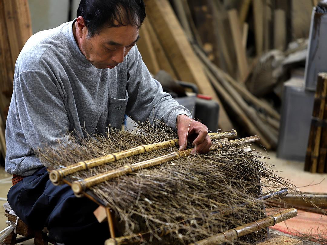 枝屋根を作る