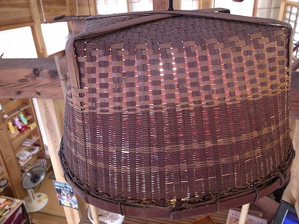 照明の竹傘