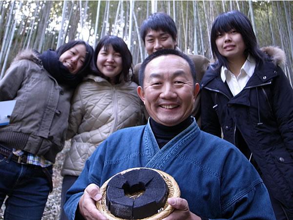 竹炭バウムクーヘン