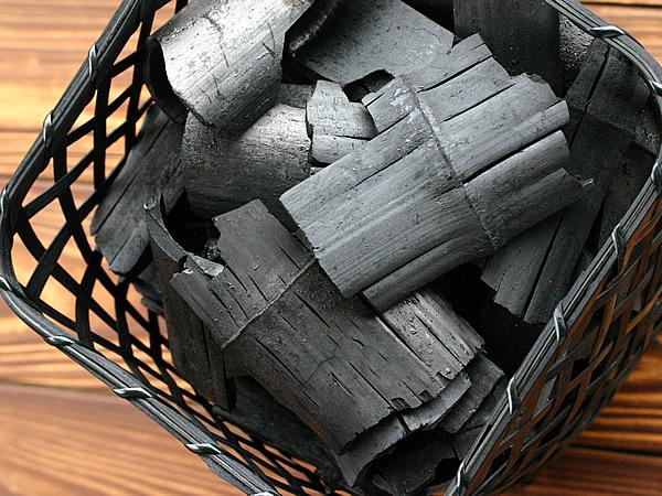 竹炭.jpg