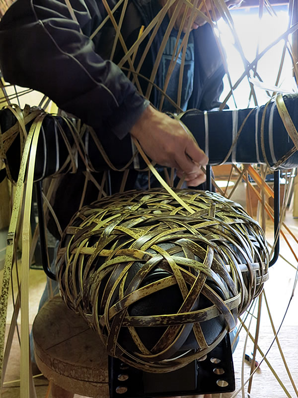 竹編みの職人さん